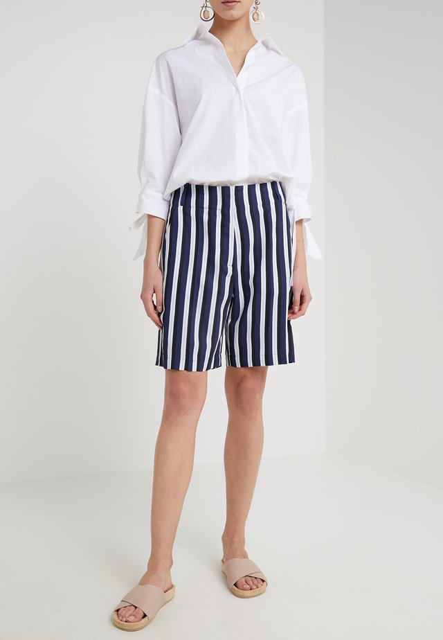 DERNA - Shorts - blue