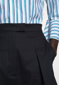 Sportmax Code - RADAMES - Shorts - blau - 5