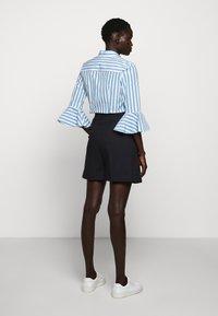Sportmax Code - RADAMES - Shorts - blau - 2