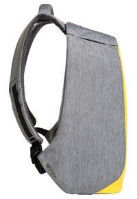 XD Design - BOBBY COMPACT - ANTI-DIEFSTAL - Rucksack - geel - 2