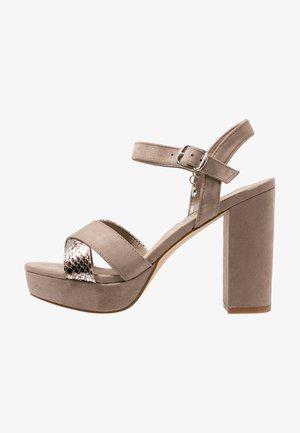 Højhælede sandaletter / Højhælede sandaler - taupe