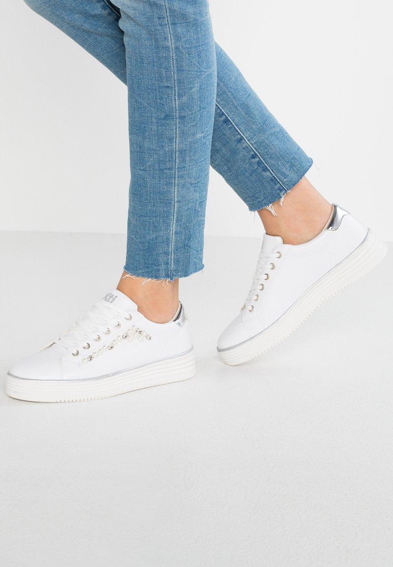 XTI - Trainers - white