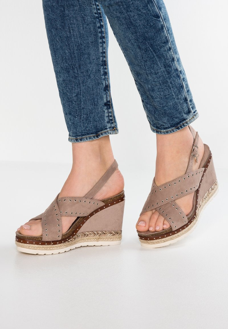 XTI - High heeled sandals - taupe