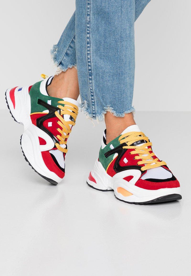 XTI - Sneaker low - multicolor