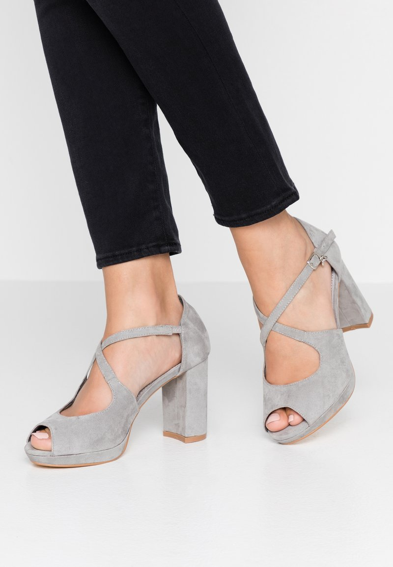 XTI - High heeled sandals - grey
