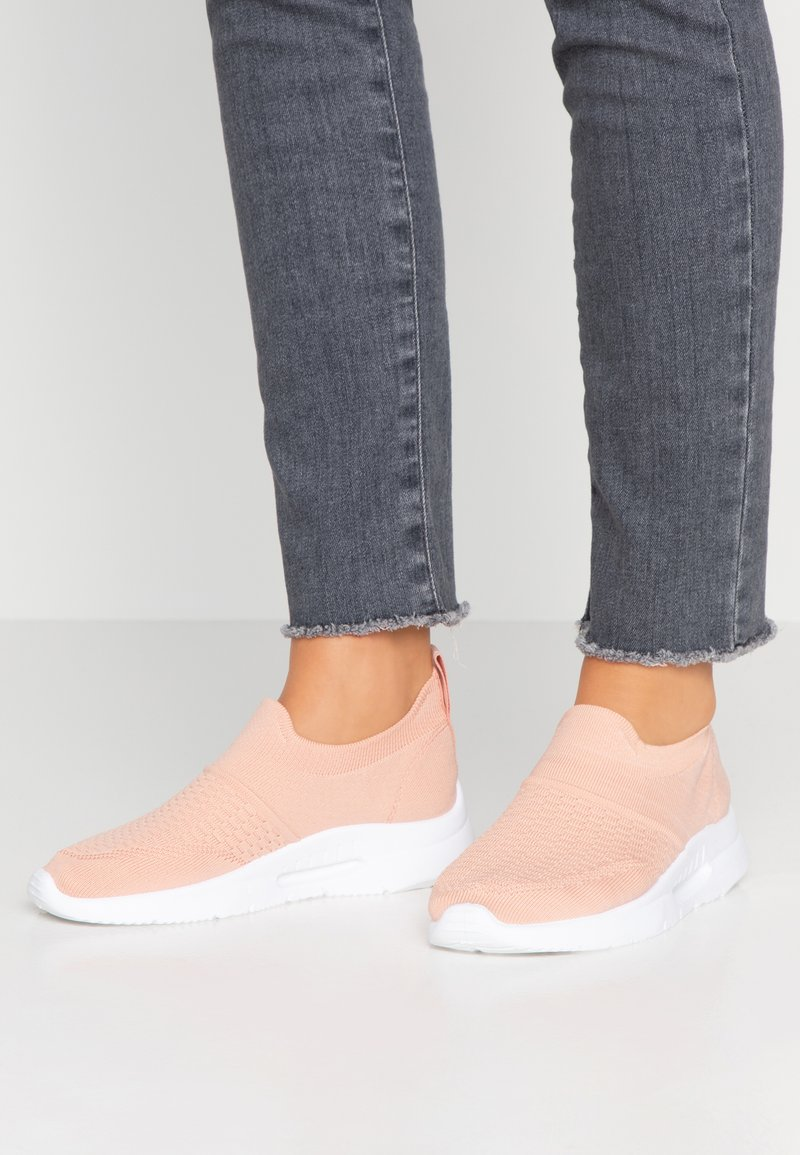 XTI - Slip-ons - nude