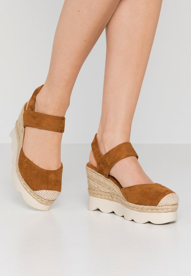 High Heel Sandalette - camel