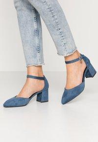 XTI - Czółenka - jeans - 0
