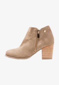 XTI - Ankelboots - taupe - 1