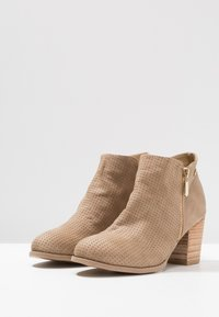 XTI - Ankelboots - taupe - 4