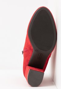 XTI - Ankle boots - red - 6