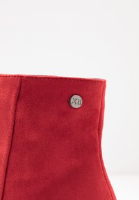 XTI - Ankle boots - red - 2