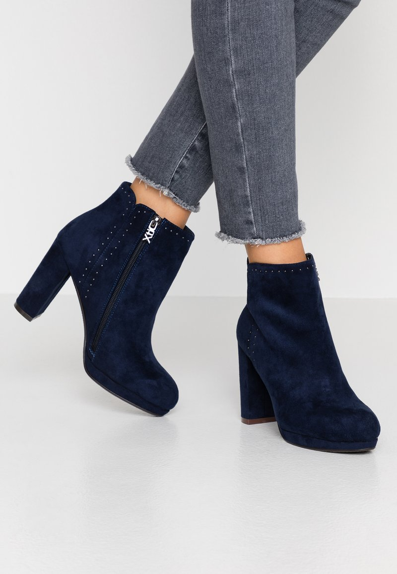 XTI - High heeled ankle boots - navy