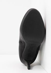 XTI - Kotníková obuv na vysokém podpatku - black - 6