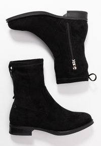 XTI - Classic ankle boots - black - 3