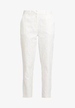 BRIDAL YASBEO PANT NEW - Pantalon classique - star white