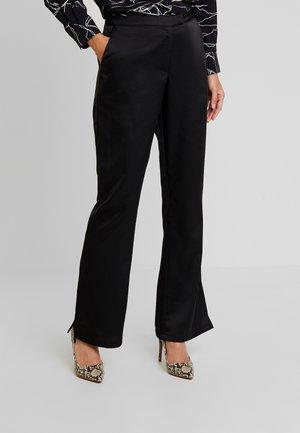 YASKUREA PANT - Pantalon classique - black