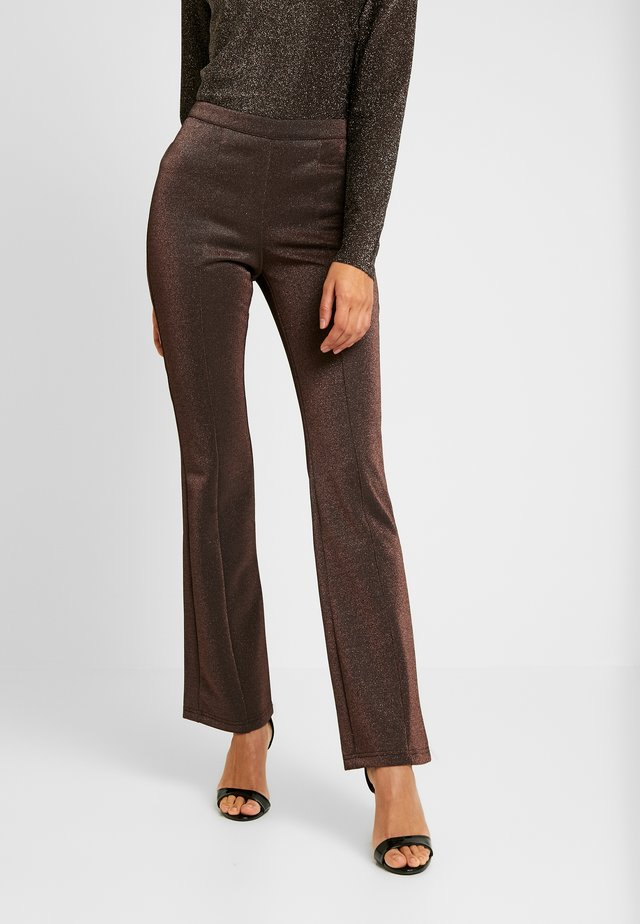 YASLEA FLARED PANT - Kangashousut - copper colour