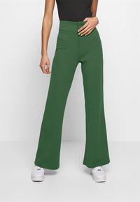 YAS - YASVICTORIA WIDE PANT - Pantaloni - greener pastures - 0