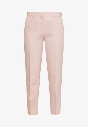 YASCUADRO CROPPED PANT - Spodnie materiałowe - peach melba/eggnog