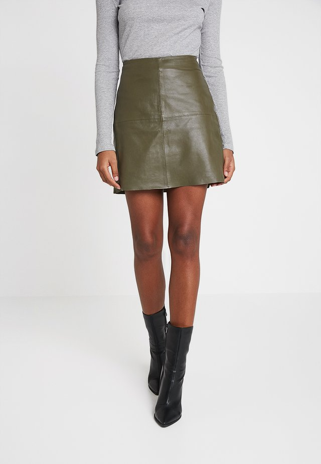 YASHANNAH LEATHER SKIRT - Gonna di pelle - beetle