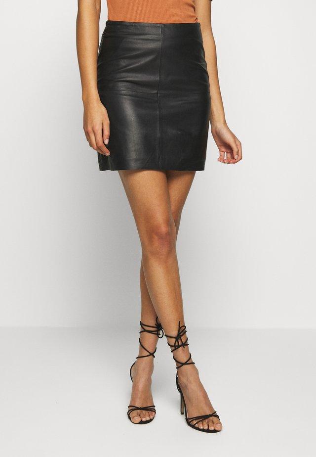 YASHANNAH LEATHER SKIRT - Leather skirt - black