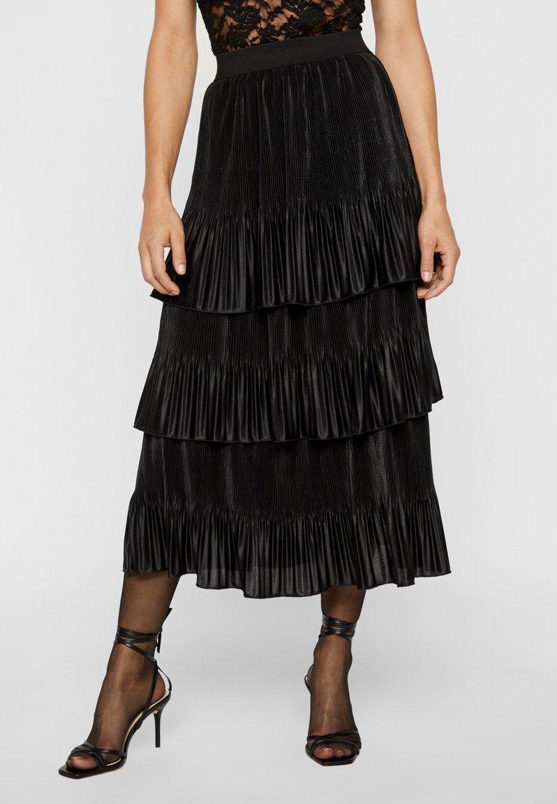 YAS - MIT STUFEN PLISSIERTER - Veckad kjol - black