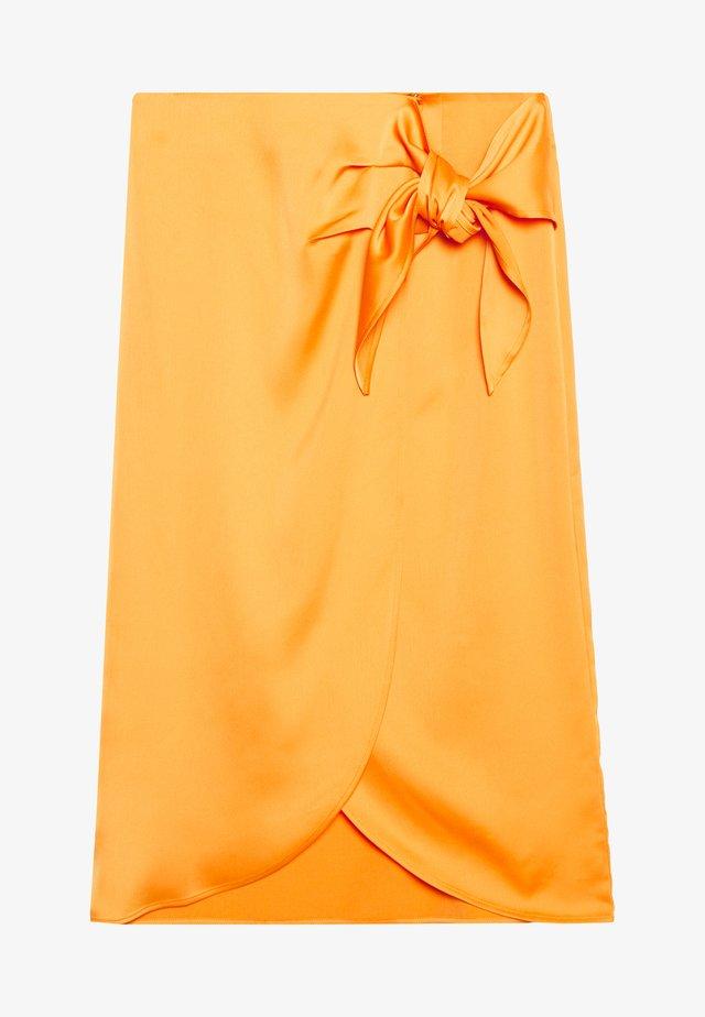YASCADMI MIDI SKIRT - Spódnica trapezowa - cadmium yellow