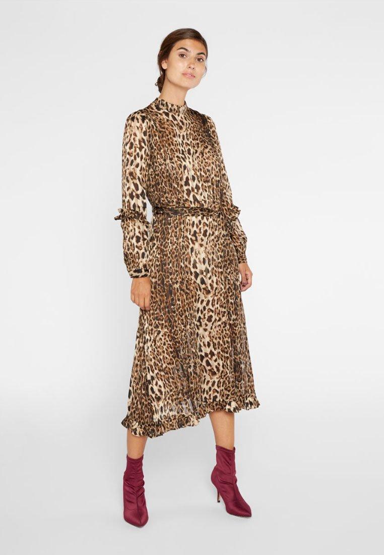 YAS - Korte jurk - brown