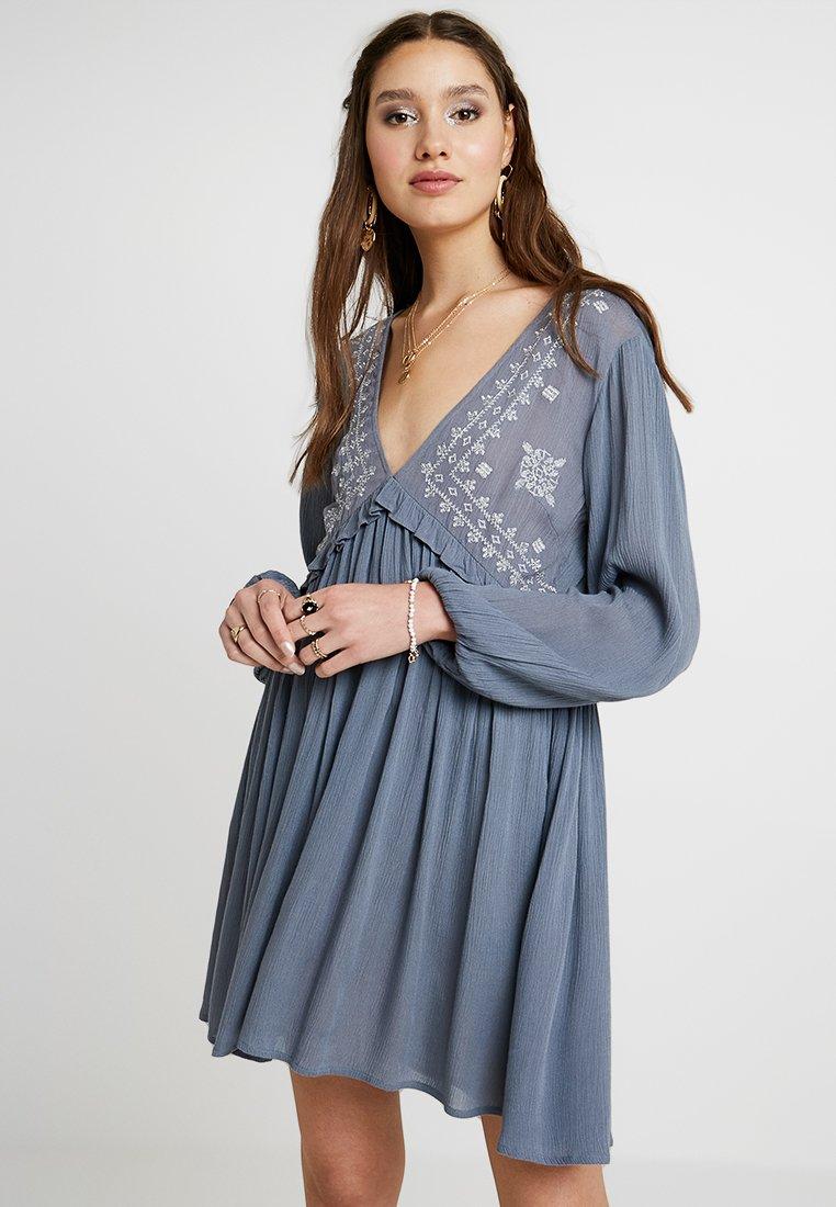 YAS - YASFLOY DRESS - Robe d'été - china blue