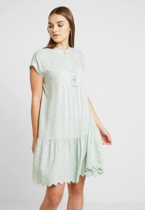 YASJENNY DRESS - Robe d'été - frosty green