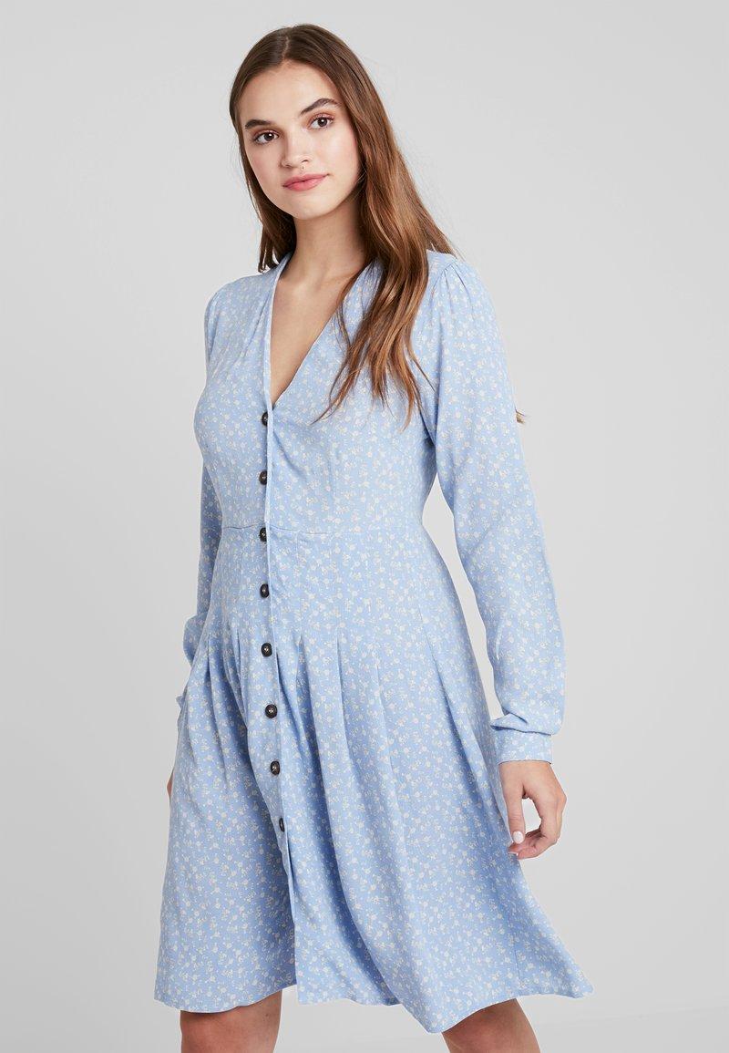 YAS - YASMAU DRESS - Freizeitkleid - bel air blue