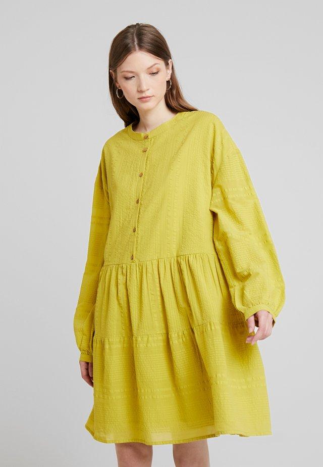 YASCOCO DRESS ICONS - Blusenkleid - bamboo