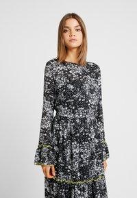 YAS - YASIDA DRESS - Vestido largo - black - 3
