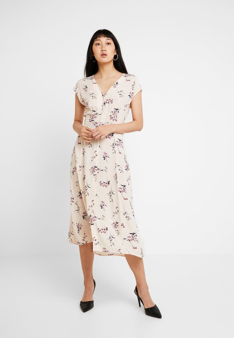 YAS - YASFIVA DRESS - Blusenkleid - crème brûlée