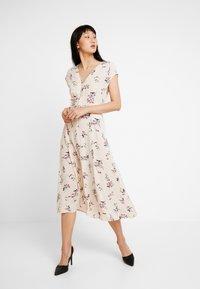 YAS - YASFIVA DRESS - Shirt dress - crème brûlée - 1