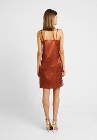 YAS - YASEMILY STRAP DRESS - Robe de soirée - coffee bean - 2