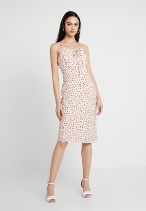 YASMARLIN STRAP DRESS - Fodralklänning - star white
