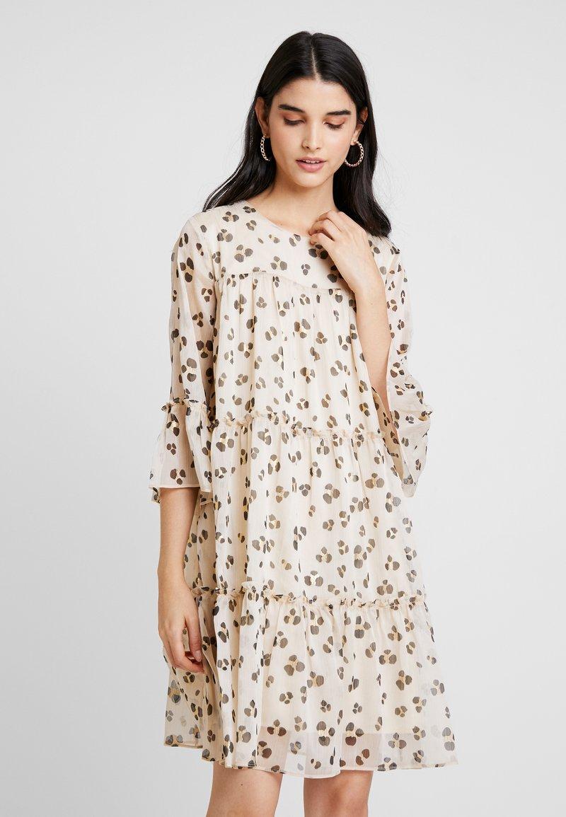 YAS - YASMATINA DRESS - Freizeitkleid - beige
