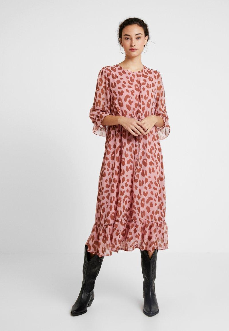 YAS - YASMOO 3/4 DRESS - Freizeitkleid - pale dogwood