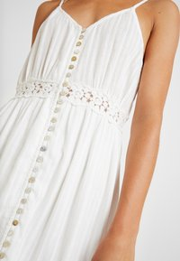 YAS - YASMINNA STRAP DRESS - Robe d'été - star white - 6