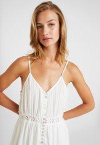 YAS - YASMINNA STRAP DRESS - Robe d'été - star white - 4