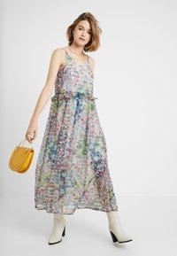 YAS - YASFLORA STRAP LONG DRESS - Denní šaty - star white - 1