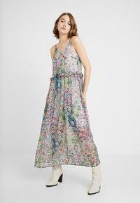 YAS - YASFLORA STRAP LONG DRESS - Denní šaty - star white - 0