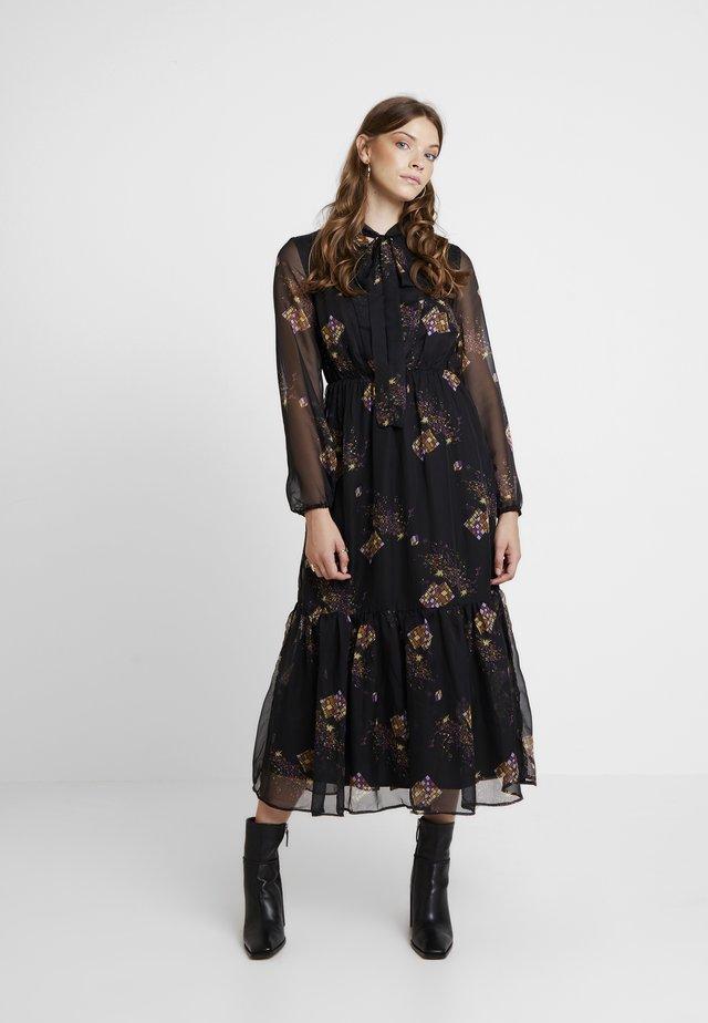 YASCELINA DRESS - Denní šaty - black