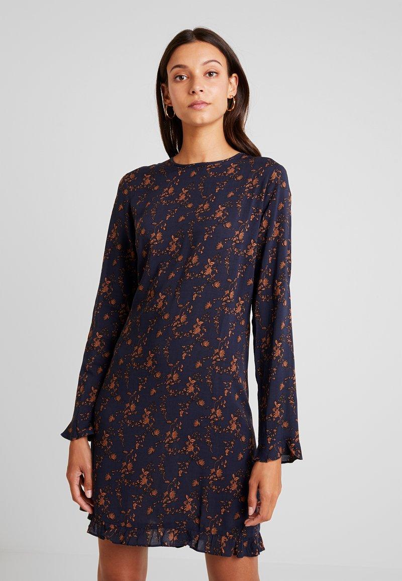 YAS - YASILVALY FLOWER DRESS - Day dress - dark sapphire