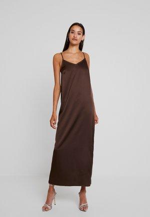 YASLASIA STRAP DRESS - Vestido largo - coffee bean