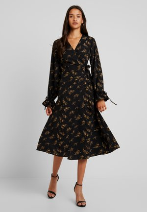 YASAUHO WRAP DRESS - Vestido largo - black