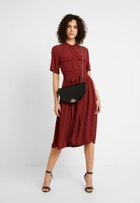 YAS - YASNEELA DRESS - Skjortklänning - madder brown - 1