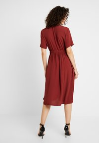 YAS - YASNEELA DRESS - Skjortklänning - madder brown - 2